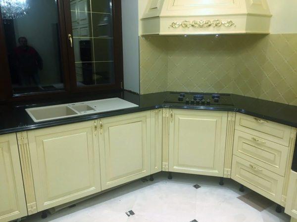 Кухонная столешница из гранита Absolute Black